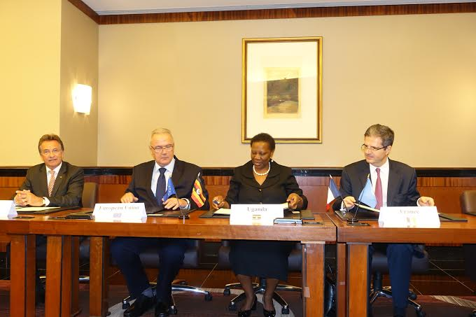 Uganda, the EU, Germany and France sign the landmark pact on sustainable energy.